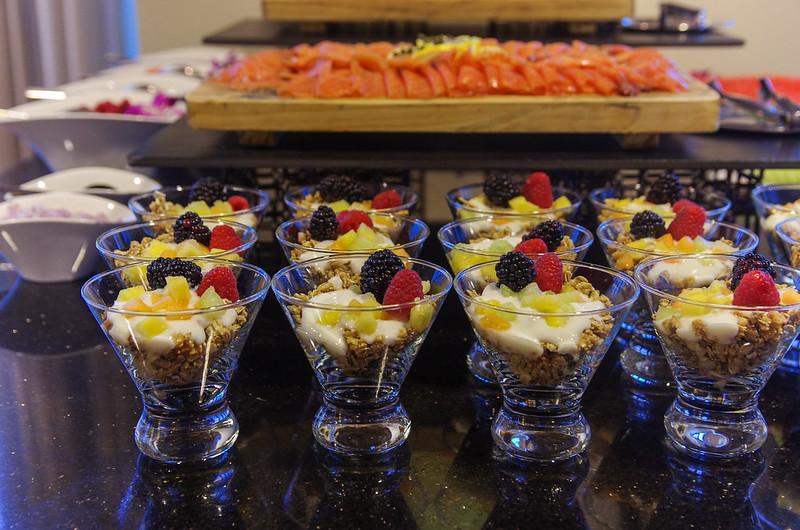 breakfast at the club lounge - intercontinental san francisco