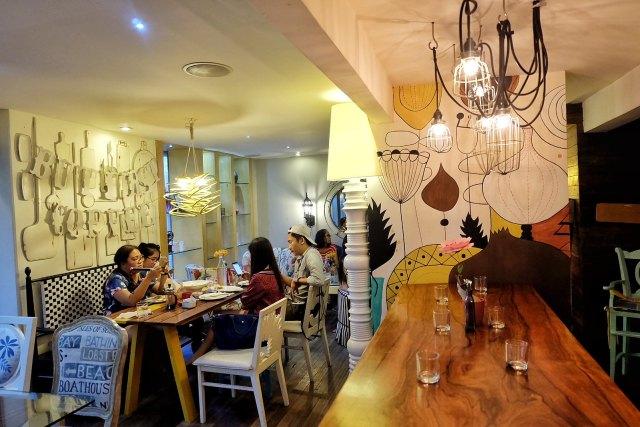 14 Four Cafe Rizal