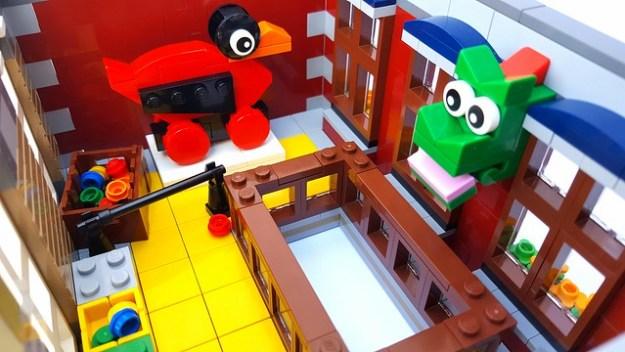 LEGO Brand Store - Modular Building