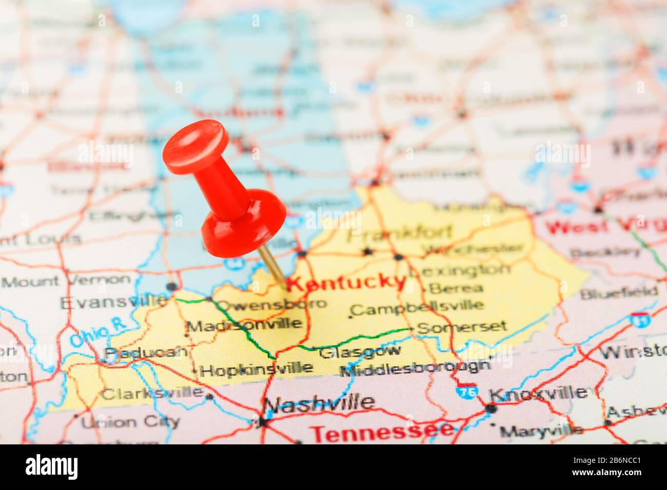 As observed on the map, the cumberland (or appalachian) plateau dominates the eastern third of kentucky. Red Clerical Needle On A Map Of Usa South Kentucky And The Capital Frankfort Close Up Map Of South Kentucky With Red Tack United States Map Pin Usa Stock Photo Alamy