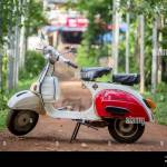 Bajaj Scooter High Resolution Stock Photography And Images Alamy