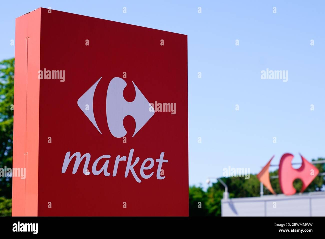 https www alamy com bordeaux aquitaine france 05 05 2020 carrefour market store sign and logo on hypermarket shop image360029205 html