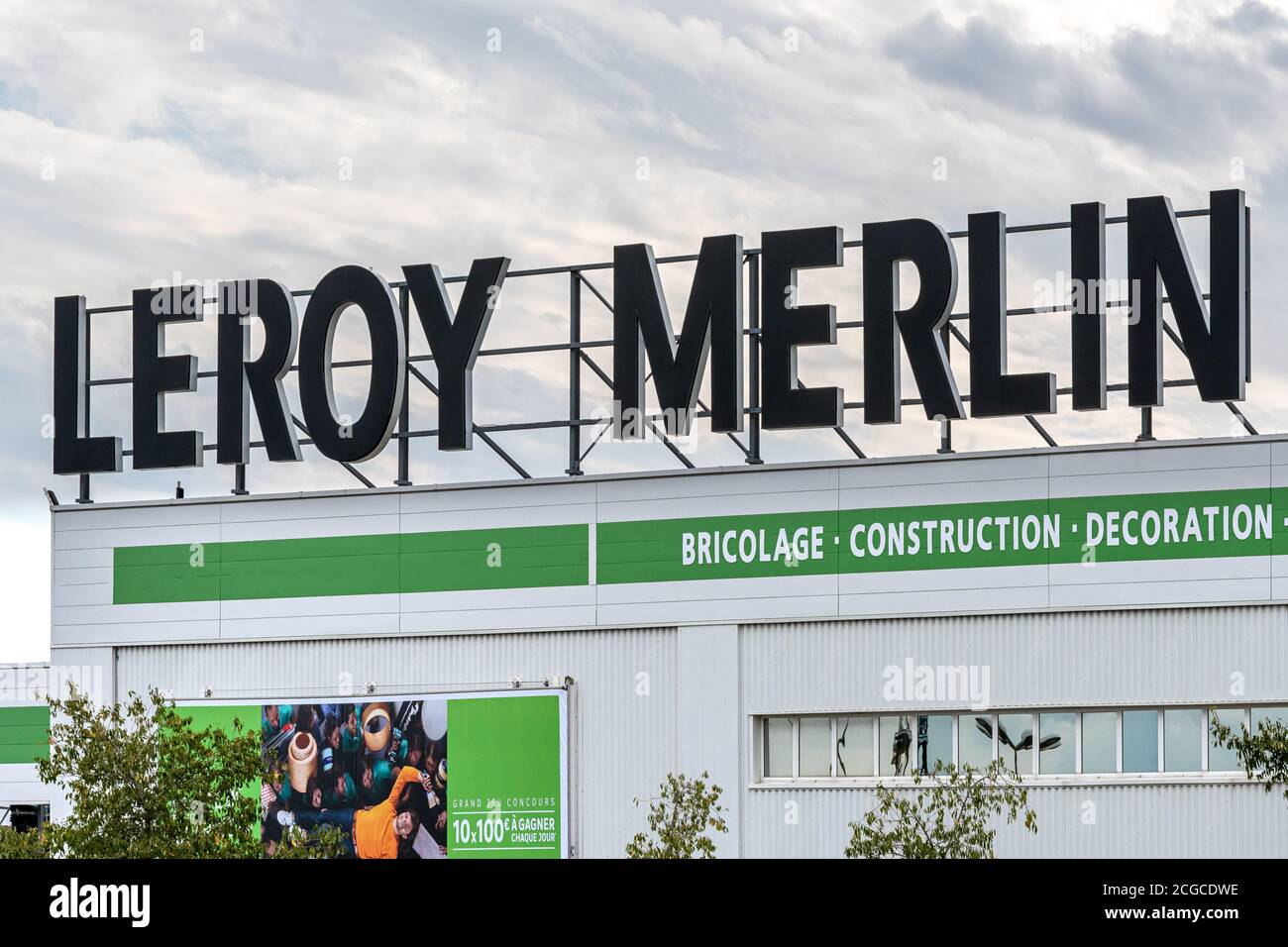 https www alamy com valence france october 18 2019 logo and building of leroy merlin home improvement store is seen in valence image371526554 html