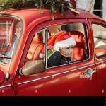 Christmas Tree On Car Roof High Resolution Stock Photography And Images Alamy