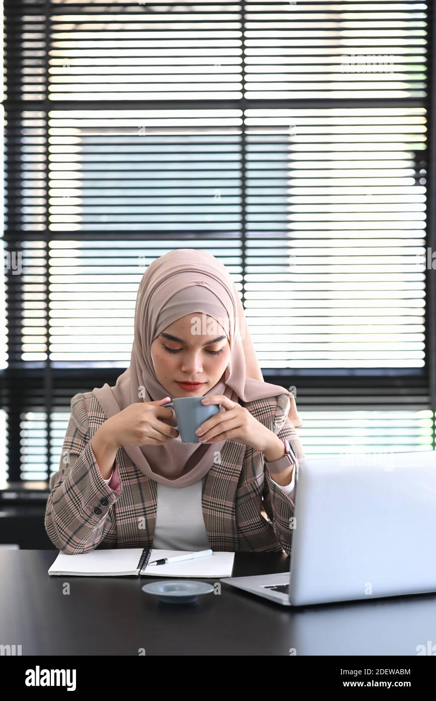 """""""the player's formal defence will be filed in due course,"""" Arab Women Drinking Coffee High Resolution Stock Photography And Images Alamy"""