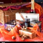 Page 2 Gift Hamper High Resolution Stock Photography And Images Alamy
