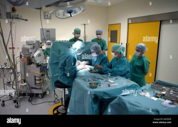 Altona children s hospital Team of surgeries during an ...