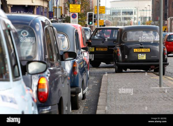 Hackney Carriage Stock Photos & Hackney Carriage Stock ...