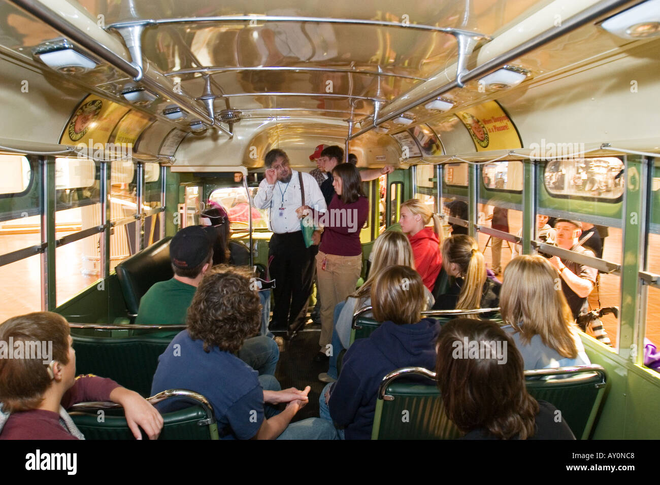 Students Visit Rosa Parks Bus In Museum On Day After Her