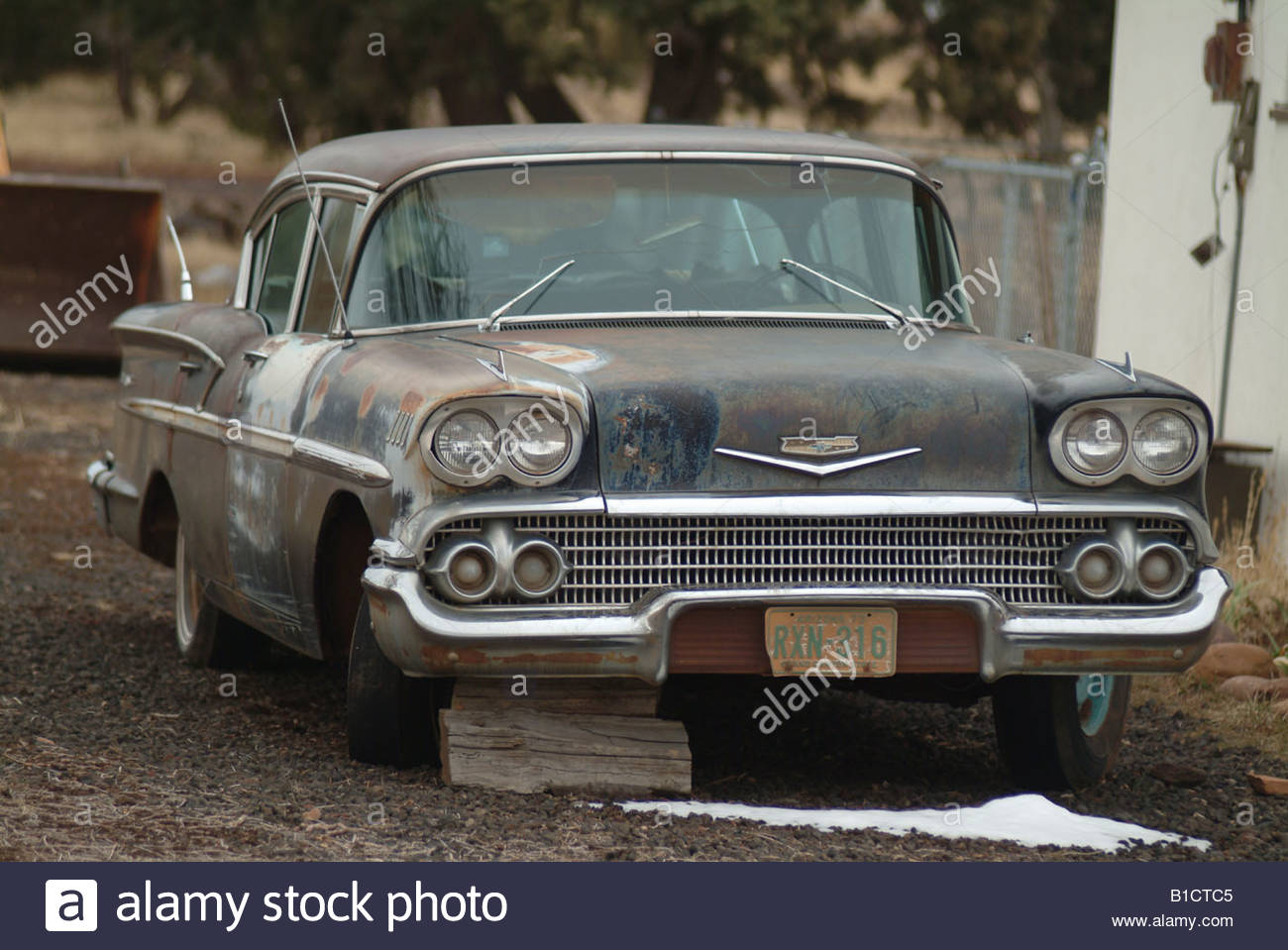 Risultati immagini per old 50s car