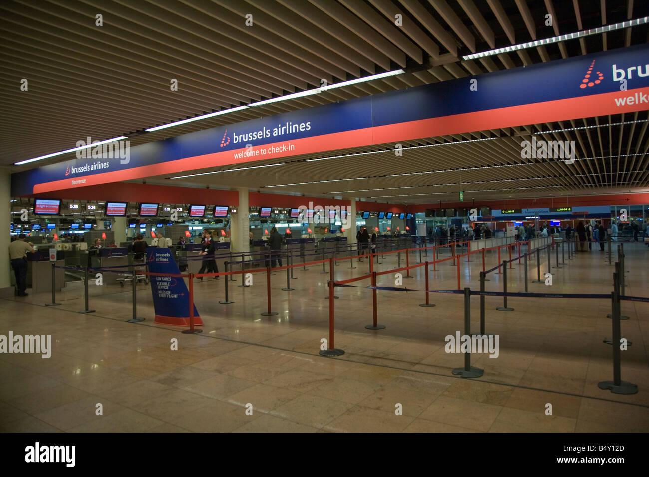 view images bureau de change bruxelles airport tegel airport crowne plaza