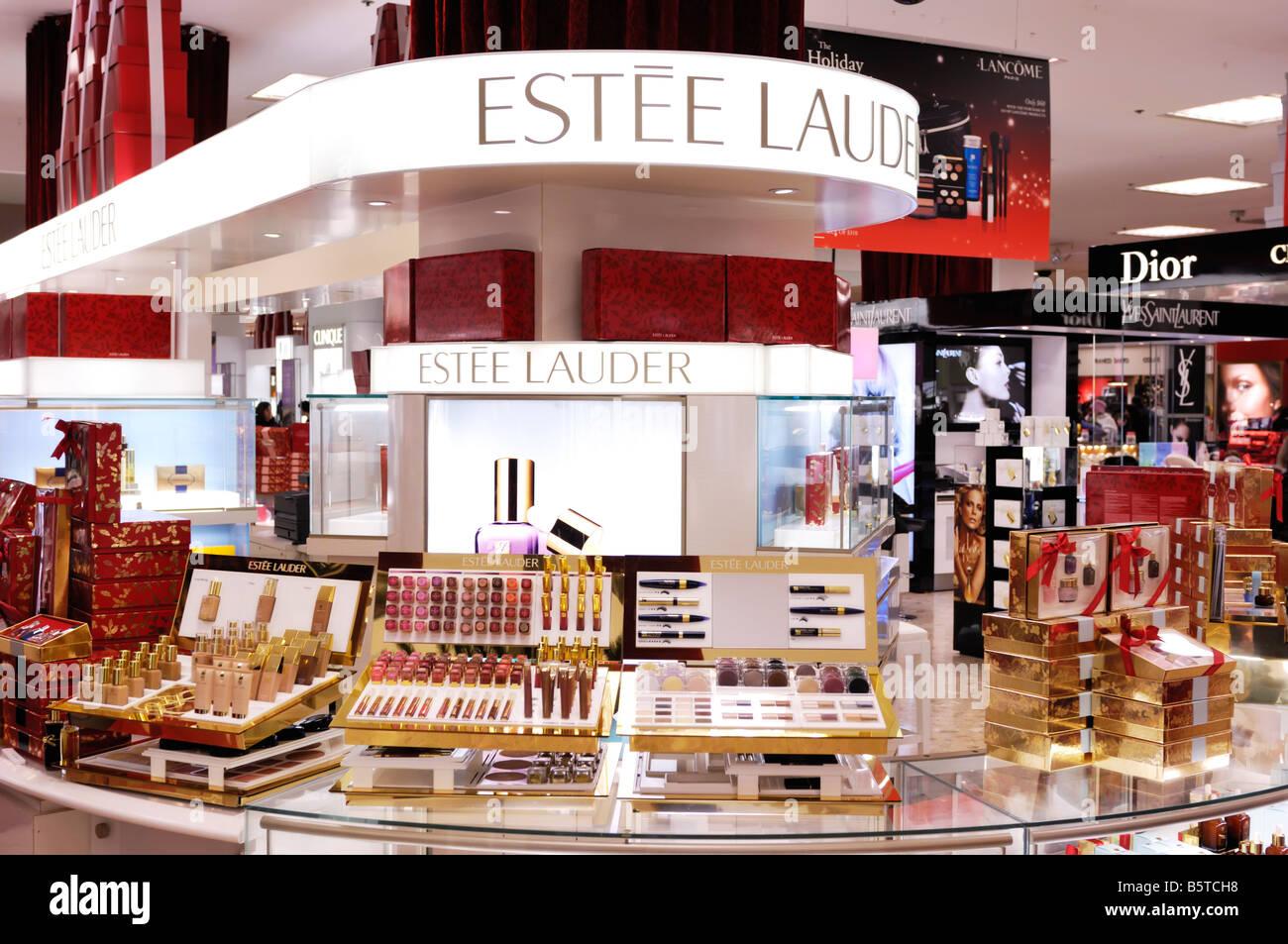 Elizabeth Arden Perfume Shop