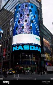 nasdaq stock building advertisement on times square new york usa stock photo alamy