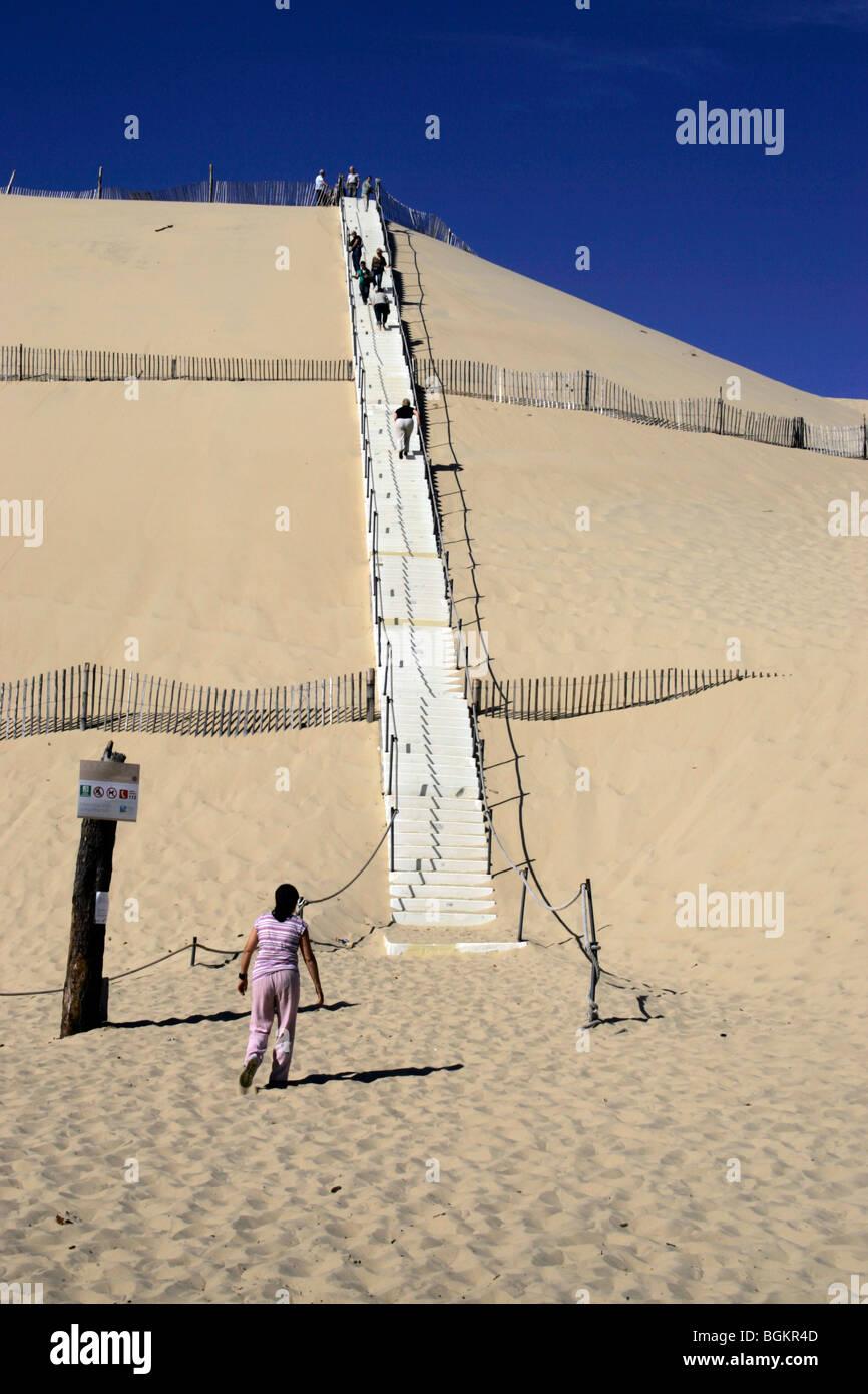dune de pyla sand dune arcachon atlantic coast bordeaux france travel tourist destination europe