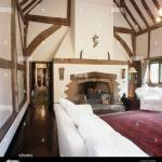 Rooms With Persian Rugs And White Bookcases Zion Star