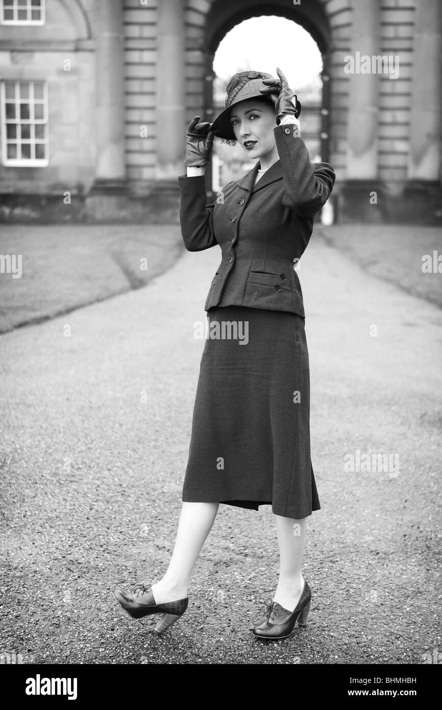1940s Fashion Stock Photos   1940s Fashion Stock Images   Alamy 1940 s Fashion portrait   Stock Image