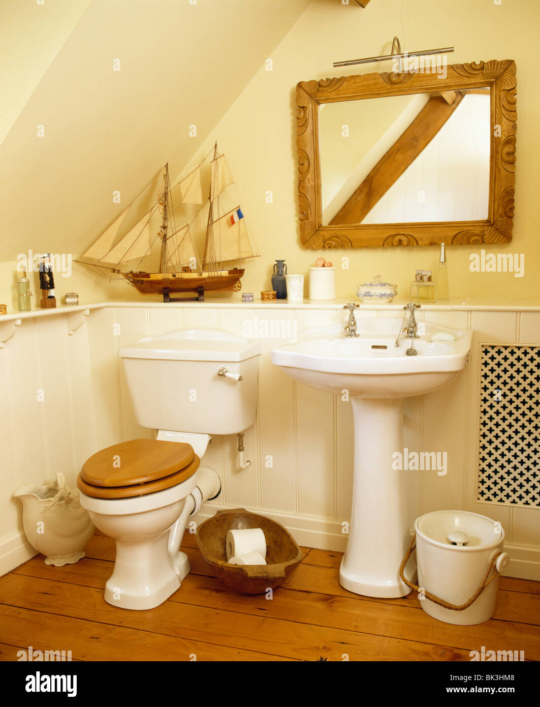 https www alamy com stock photo wooden framed mirror above white pedestal basin in cottage bathroom 28968584 html