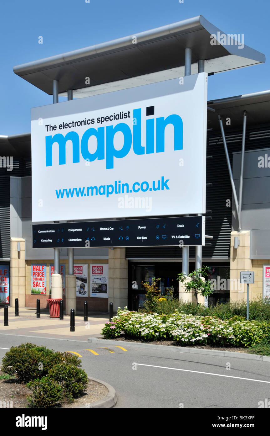 https www alamy com stock photo retail park maplin electronics store sign with web details 28975507 html