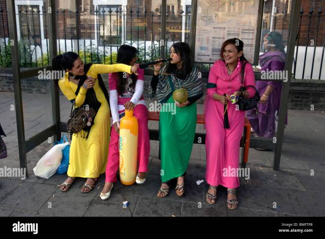 Asian Girls In East London Stock Image