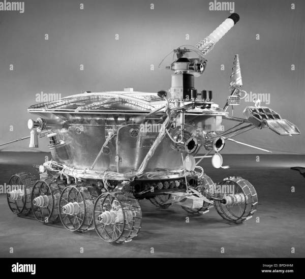 Soviet robotic lunar rover Lunokhod 1, 1971 Stock Photo ...