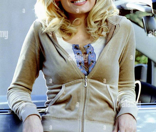 Elisha Cuthbert The Girl Next Door 2004