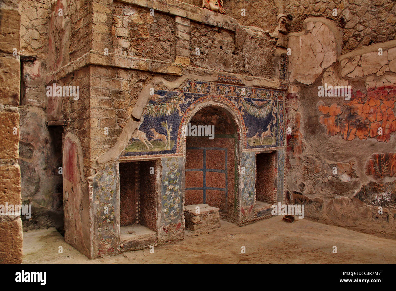 Interior Of An Ancient Roman House In Pompei Stock Photo