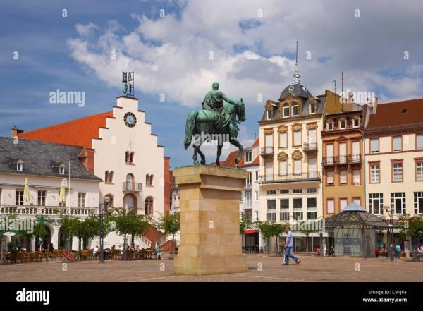 Landau, town hall square, Centre, Suedliche Weinstrasse ...