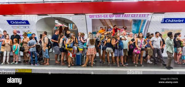 Paris, France, Metro, Underground, Tube, Subway, People ...