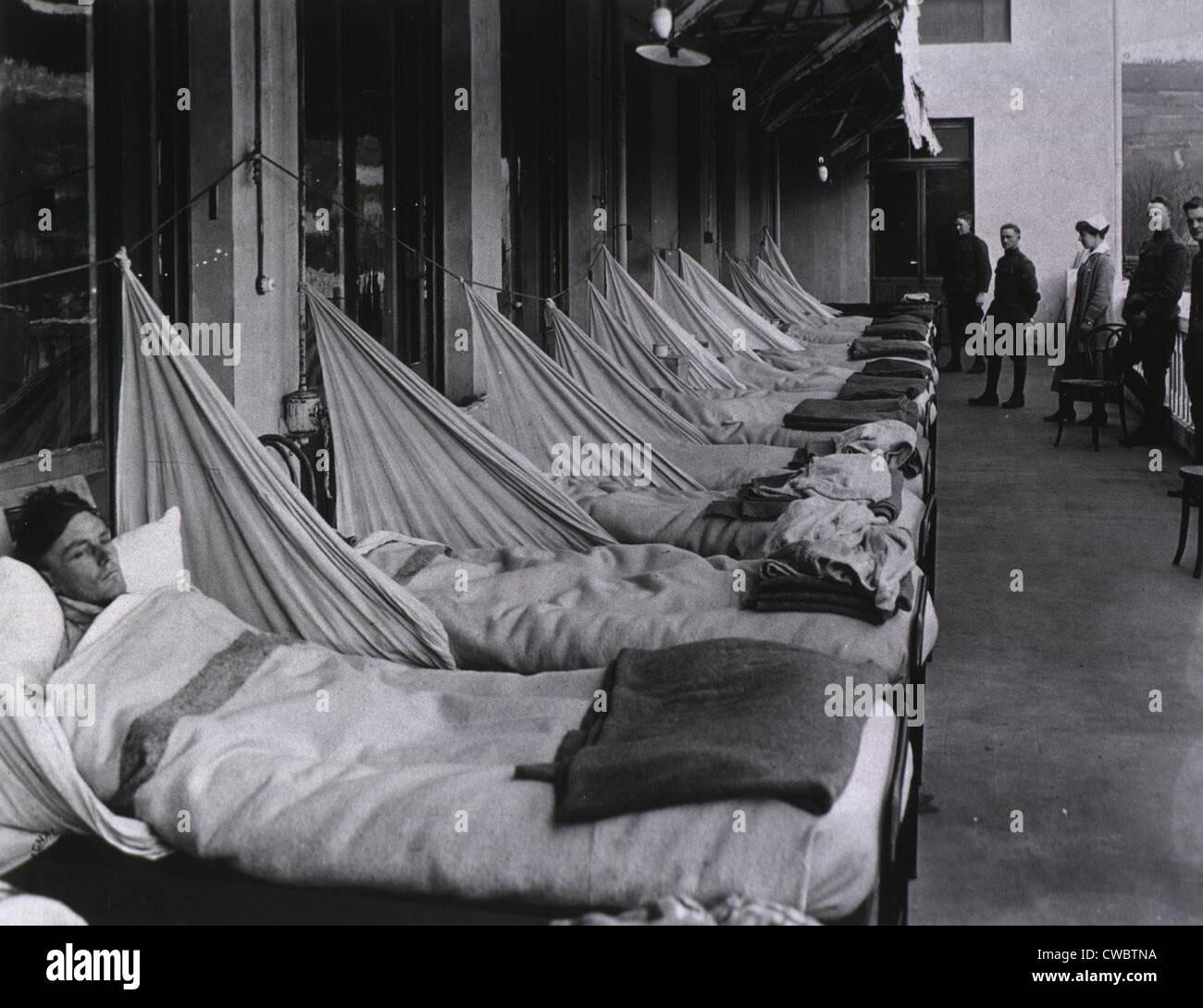 Spanish Flu Epidemic 19 An Pneumonia Porch At The U S Army Stock Photo