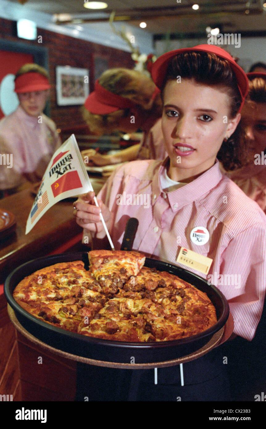 Ussr Moscow Pizza Hut Restaurant Waiter Photo Itar