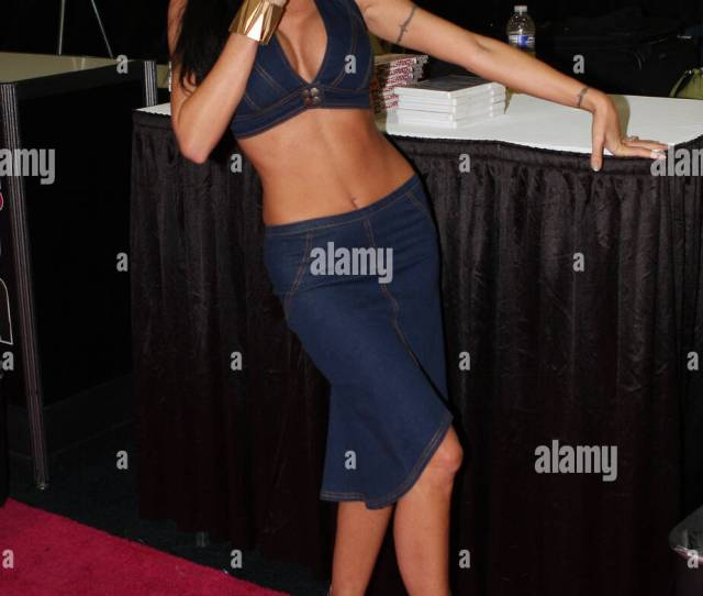 Adult Film Actress Tabitha Stevens Attends Exxxotica Expo At The New Jersey Expo Center New Jersey Usa