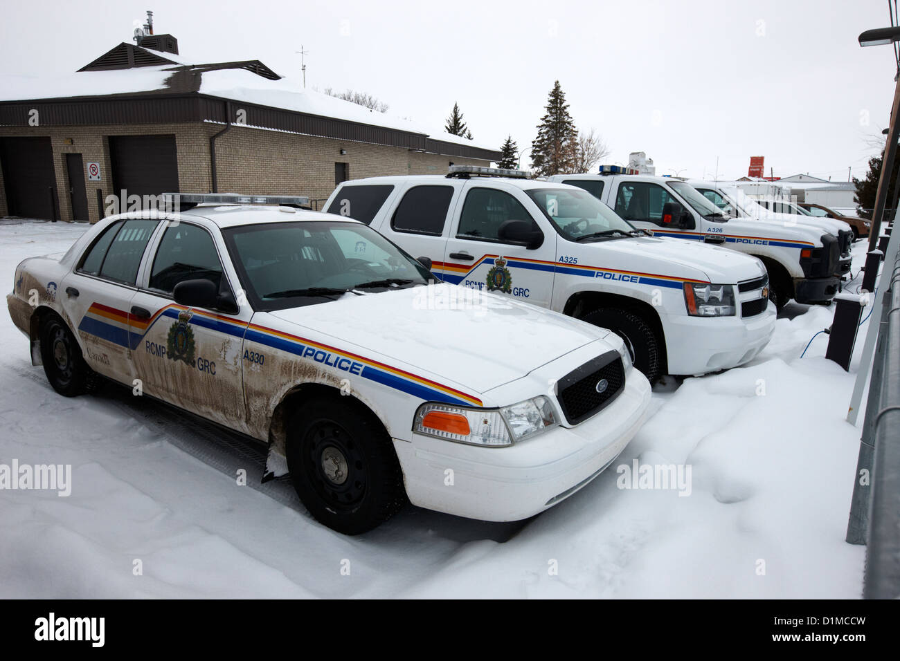 Rcmp Royal Canadian Mounted Police Vehicles Outside