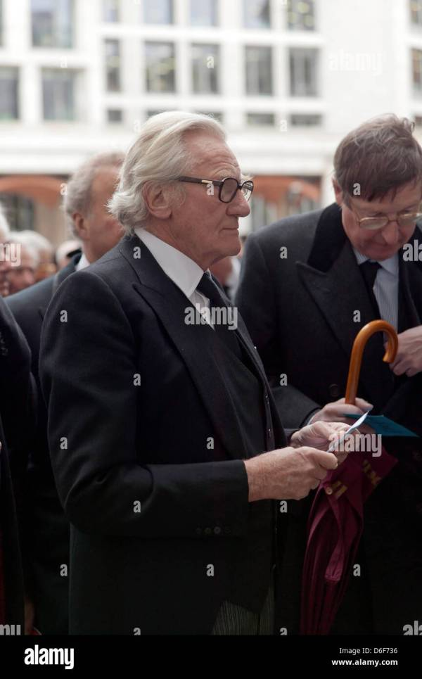 Lord Micheal Heseltine waits to enter St Paul's Cathedral ...