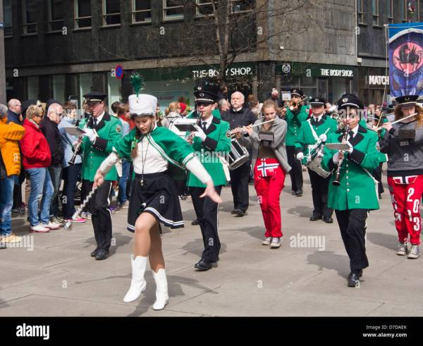 Marching Band And Parade Stock Photos & Marching Band And ...