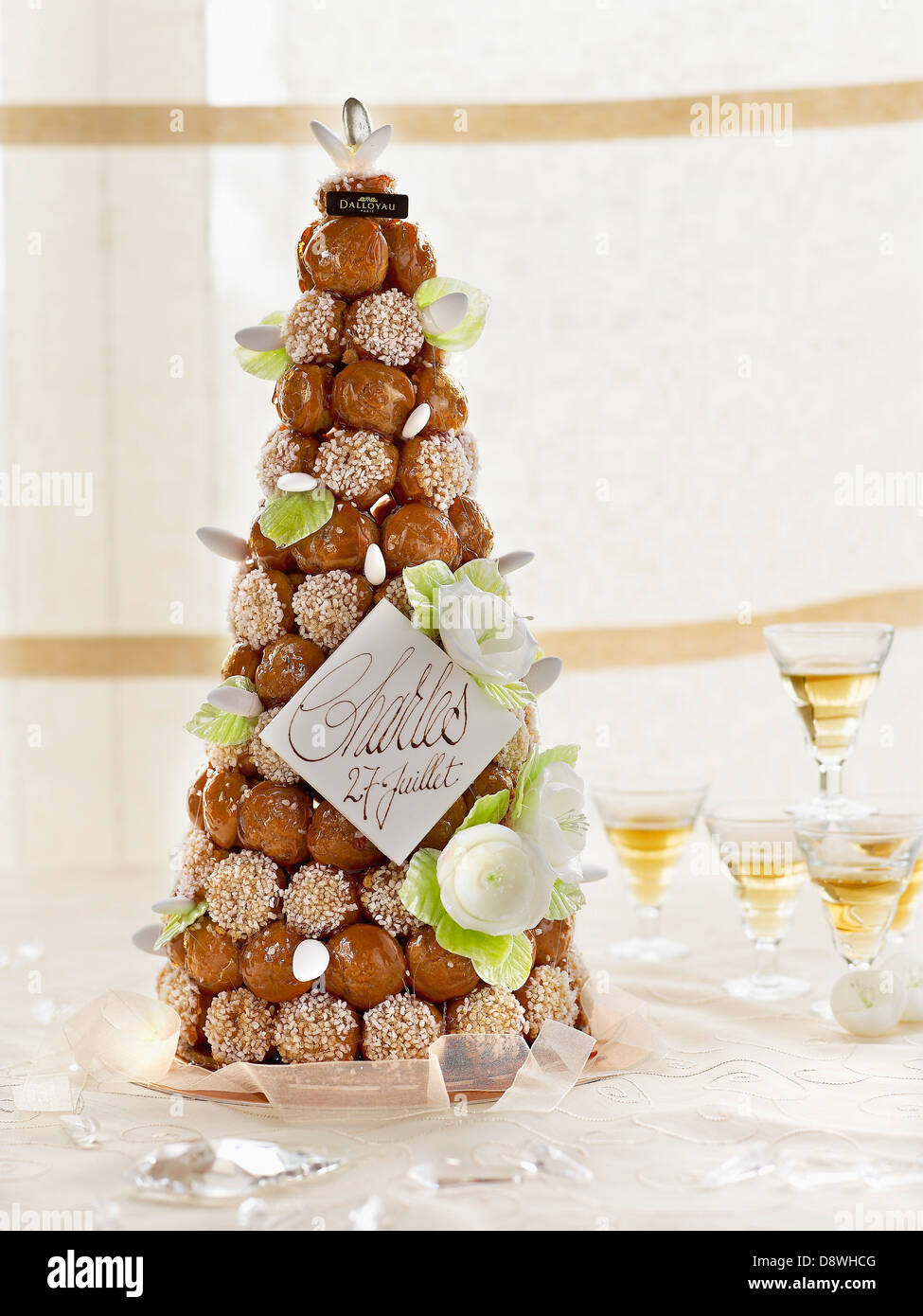 French Wedding cake  Dalloyau creation Stock Photo  57110832   Alamy French Wedding cake  Dalloyau creation