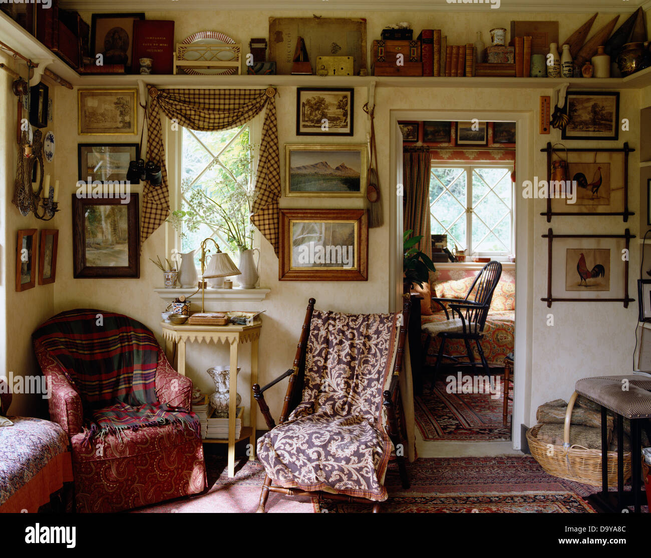 Beautiful Cottage Living Rooms