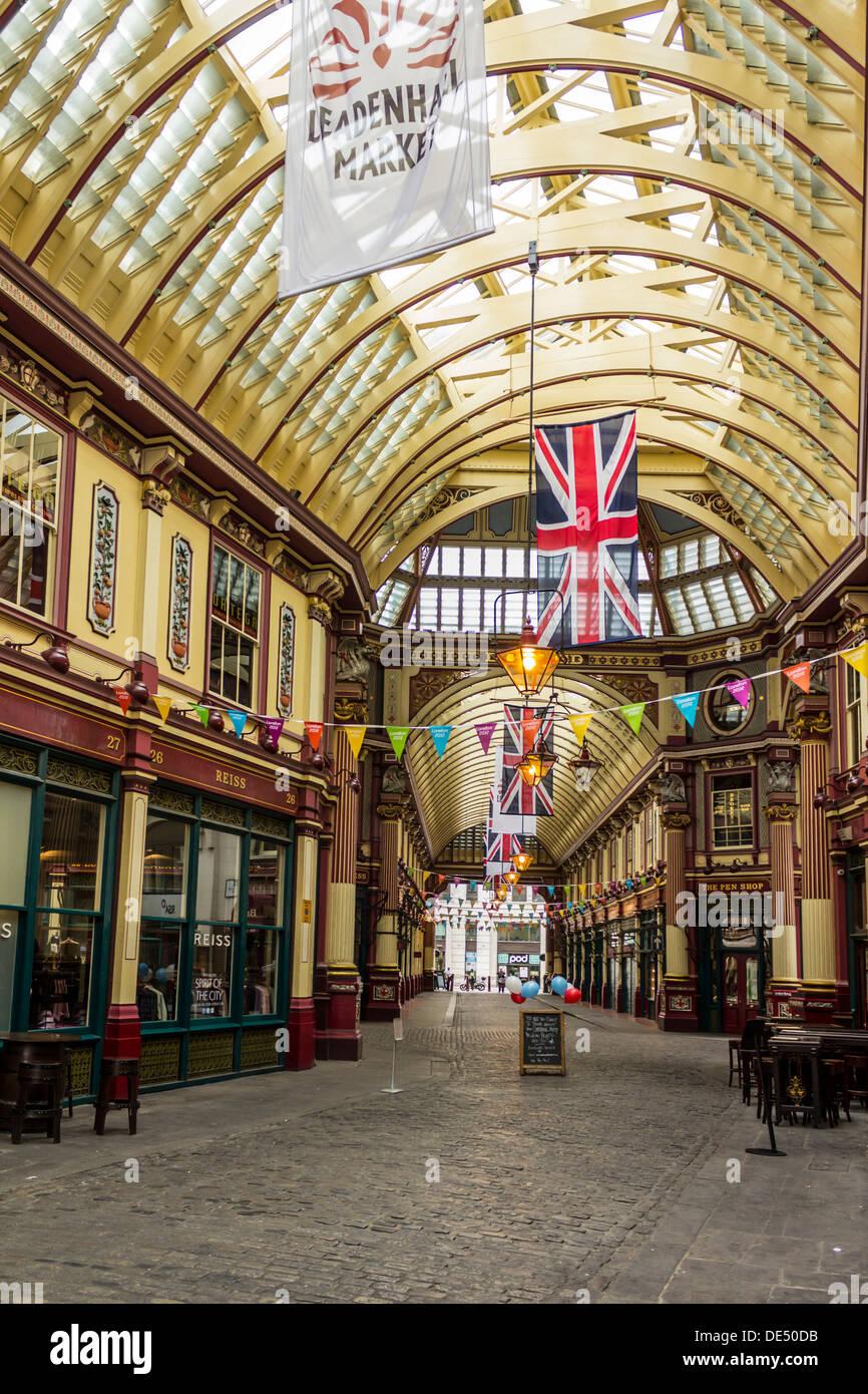 Victorian Pub Interior Stock Photos Amp Victorian Pub