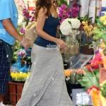 Minka Kelly Seen Picking Out A Bouquet Of Flowers At Whole Foods Los Stock Photo Alamy