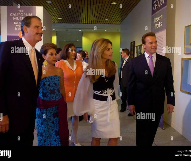 Mexican President Vicente Fox And His Wife Marta Fox California First Lady Maria Shriver And Governor Arnold Schwarzenegger Tour The Latina Exhibit