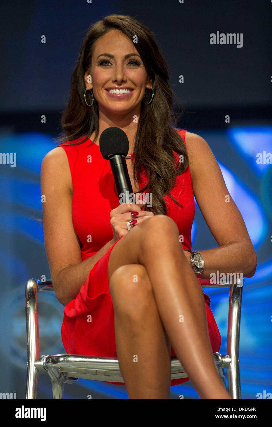 Holly Sonders Feet