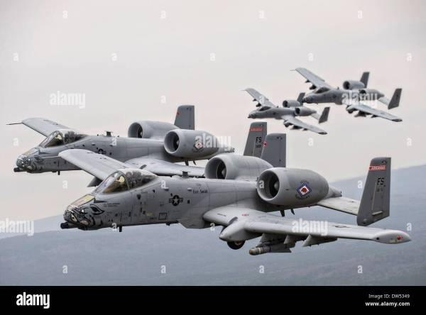 Us Air Force A-10 Thunderbolt Ii Aircraft Fly In Formation ...