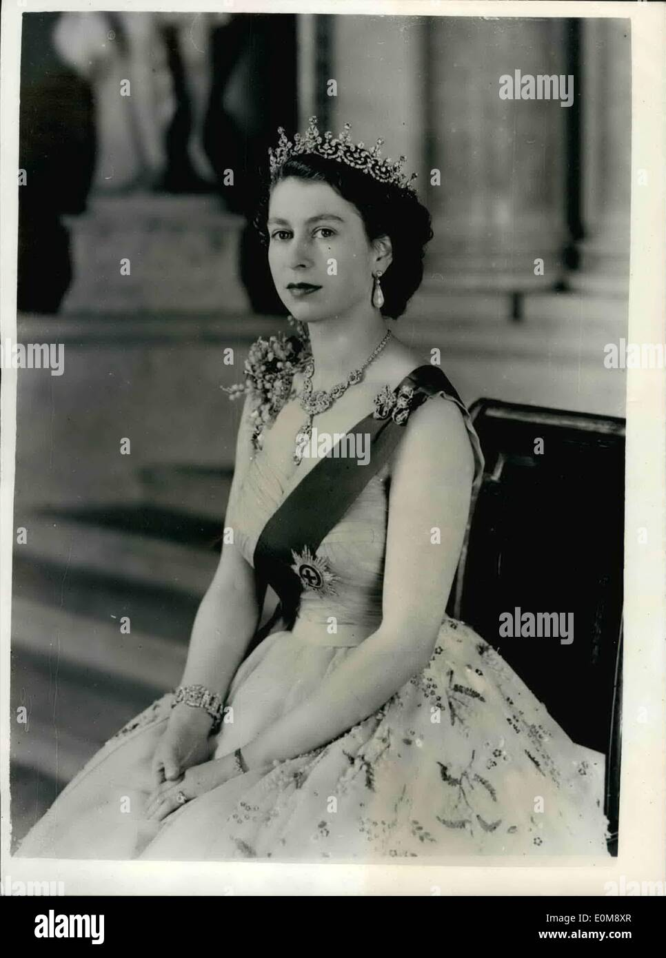 Image result for queen elizabeth 1954