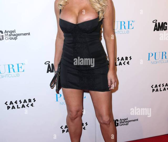 Digital Playground Contract Star Jesse Jane Host Official Avn After Party At Pure Nightclub Inside Caesars