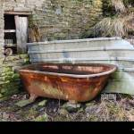 Cast Iron Bath High Resolution Stock Photography And Images Alamy