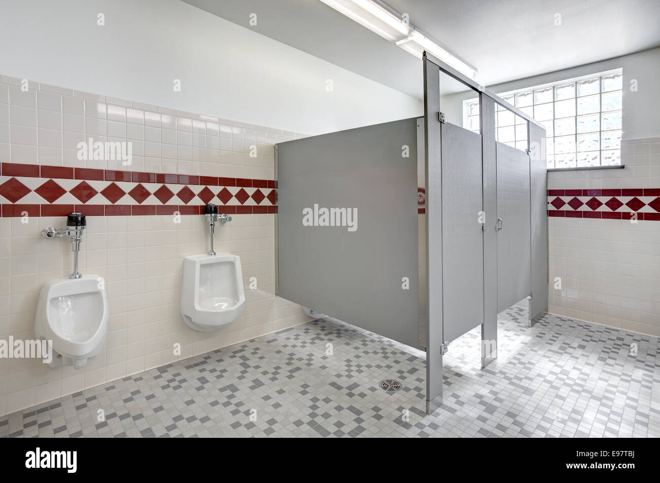 Toilet Stall Stock Photos Amp Toilet Stall Stock Images