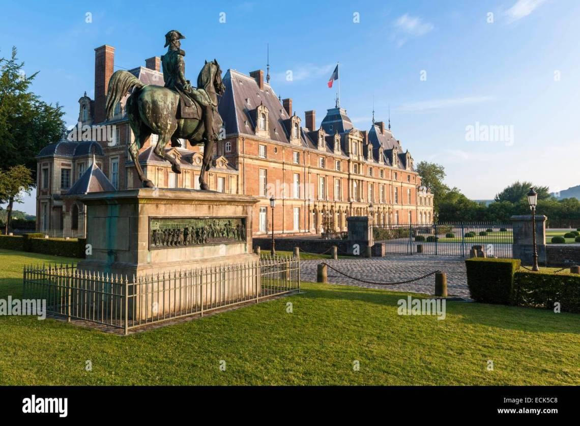 16th Century French Home - france-seine-maritime-eu-the-16th-century-renaissance-castle-houses-ECK5C8_Simple 16th Century French Home - france-seine-maritime-eu-the-16th-century-renaissance-castle-houses-ECK5C8  Image_563989.jpg