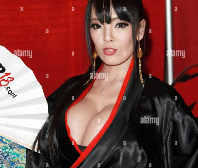 Pornstar Hitomi Tanaka Attends The 2015 Avn Adult Entertainment Expo Opening Day At The Hard Rock Hotel Casino On January 21