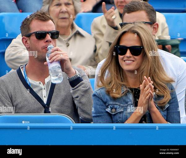 Kim Murray watches her husband Andy Murray play against ...
