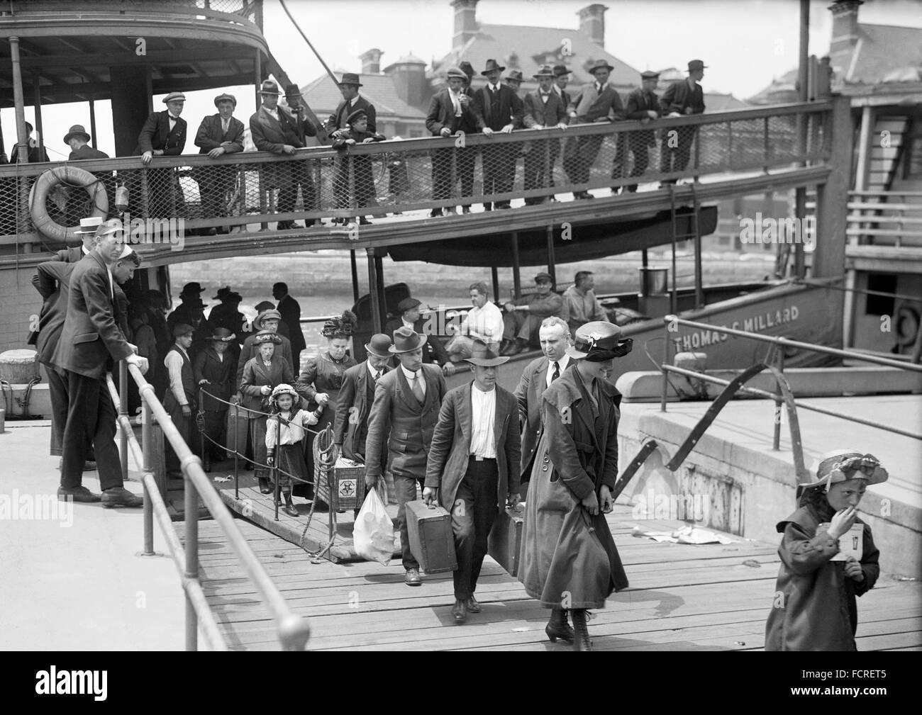 Ellis Island Immigrants Immigrants Disembarking At Ellis