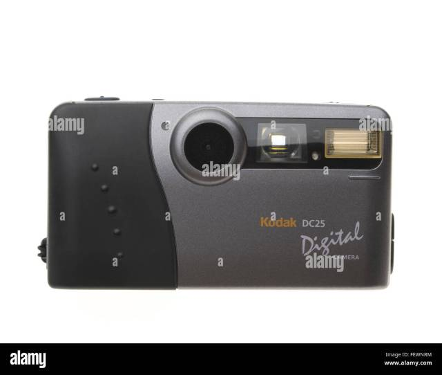 Kodak Dc25 Digital Camera One Of The Worlds First Mass Consumer Digital Camera Released In  Megapixel Sensor